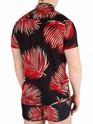 Religion Black/Red Reef Shortsleeved Shirt