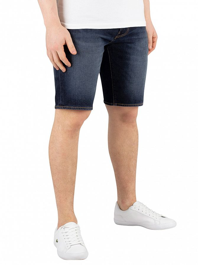 Levi's Saturn 502 Taper Hemmed Shorts