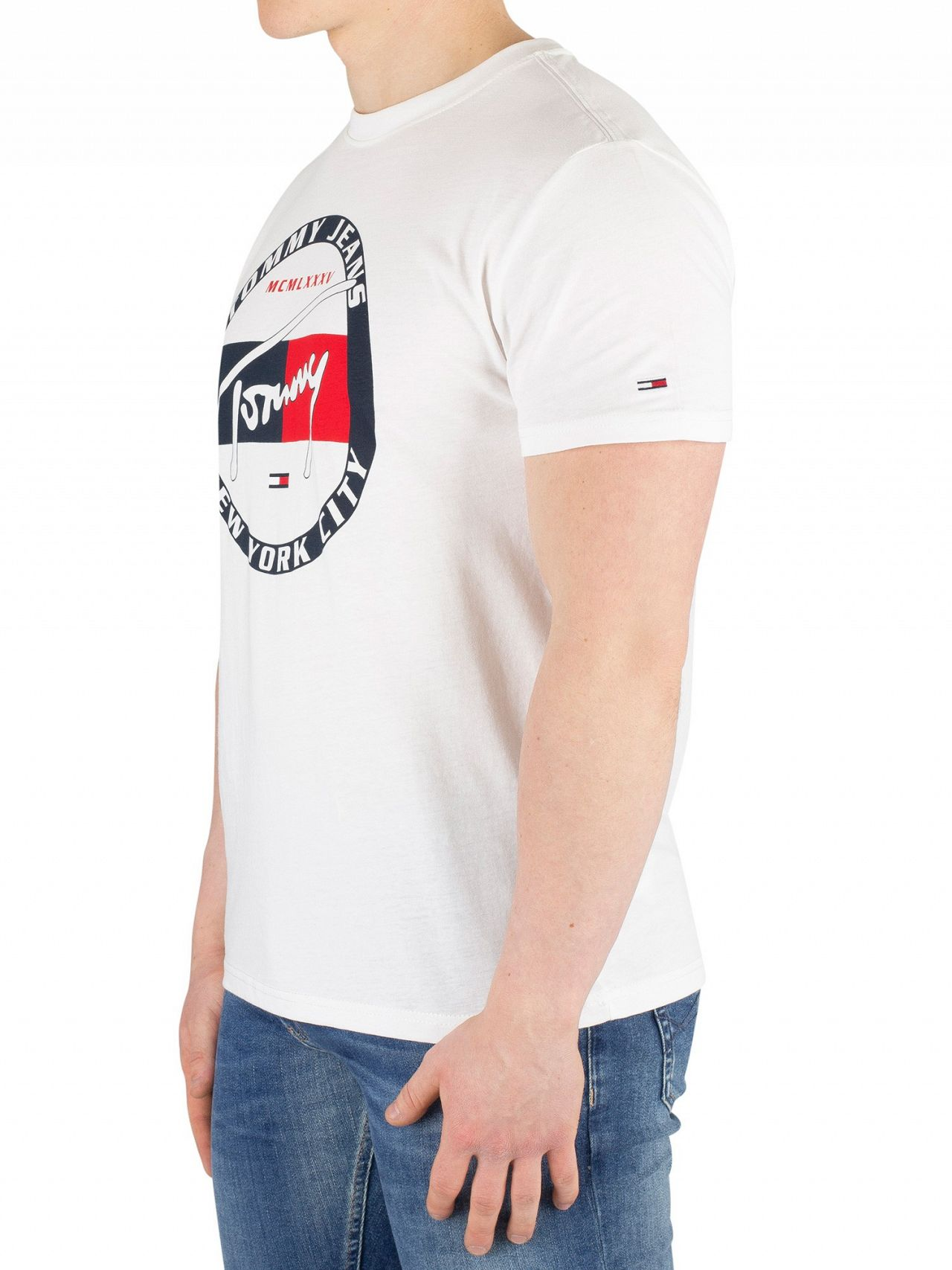 70c367c60e Tommy Jeans Classic White Circle Graphic T-Shirt
