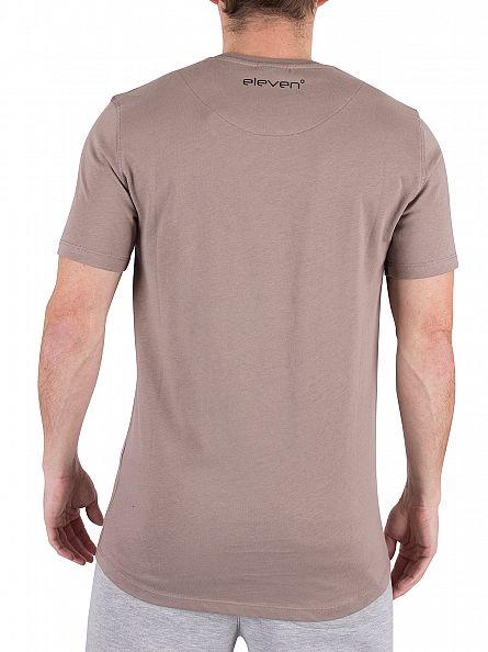 11 Degrees Mastik Curved Hem Core Logo T-Shirt